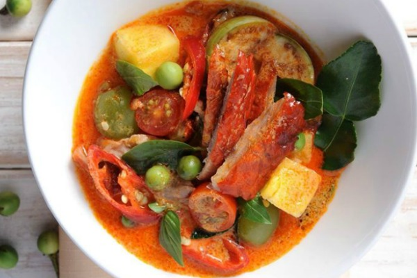 Red Duck Curry Thai Affair